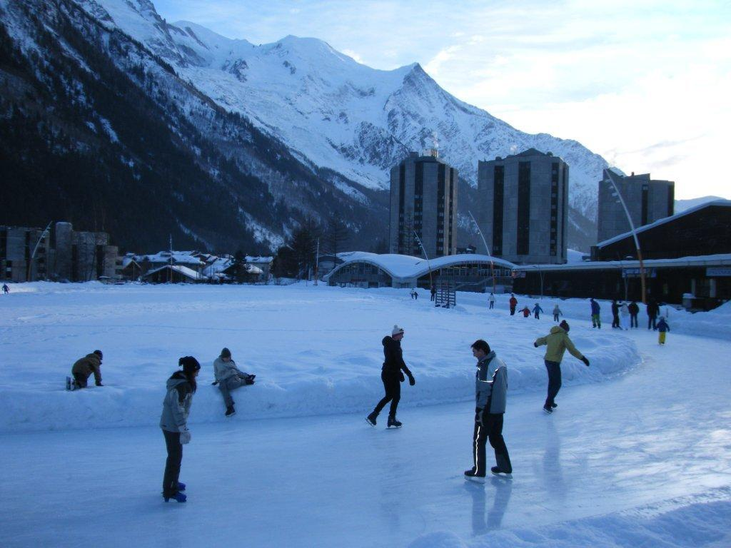 photo patinoire ext. chamonix